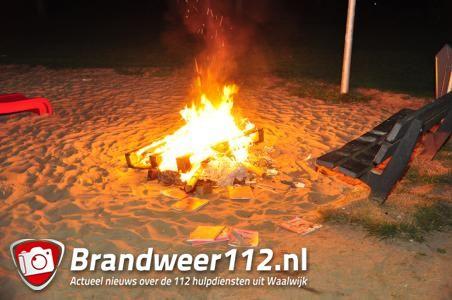 Politie zet achtervolging in na brandstichting bij speeltuin aan de Govert Flinckstraat Waalwijk