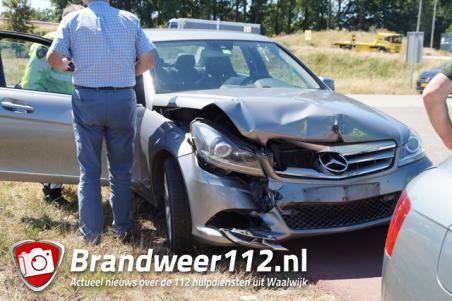 Kopstaart aanrijding afrit A59 bij Waalwijk-Oost