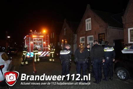 Man schrikt wakker van brand in woning in Waalwijk