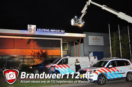 Klopjacht op inbreker aan de Prof. Asserweg Waalwijk