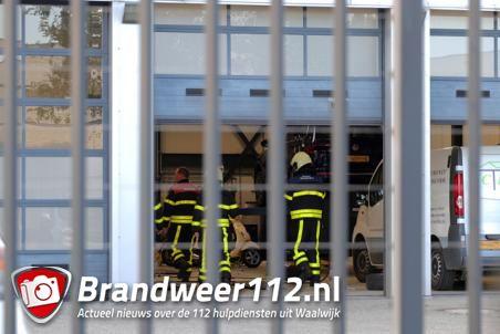 Brandweer rukt uit voor nacontrole bij bedrijf aan de Havenweg Waalwijk