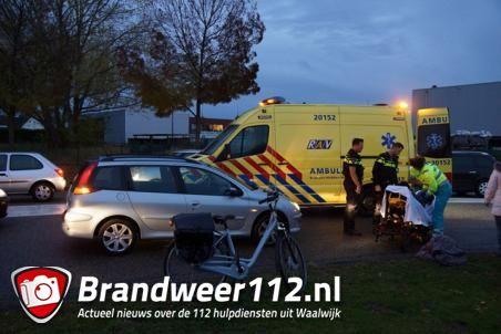 Fietser geschept door auto in Waalwijk