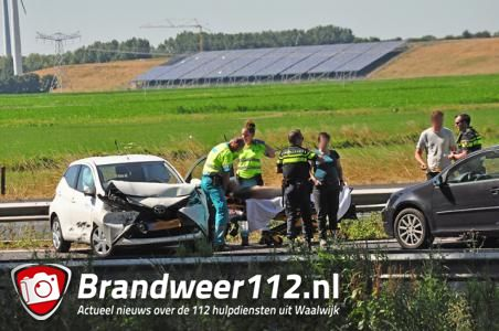 File op de A59 door ongeval bij Waalwijk