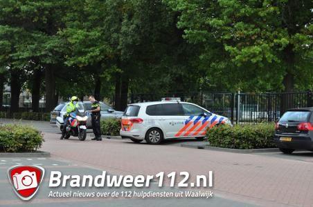 UPDATE: Man rijdt voetganger aan en gaat er vandoor, later aangehouden met drugs op zak