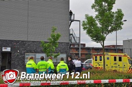 UPDATE: Jongeman dood op parkeerterrein aan De Gaard Waalwijk