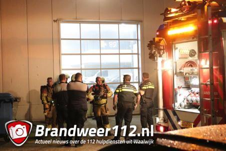 Brandweer rukt uit voor brandalarm bij Van Mossel aan de Havenweg Waalwijk