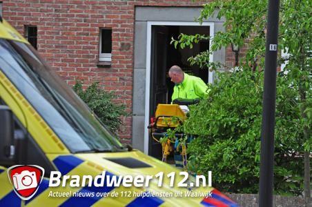 Vrouw valt van trap en raakt zwaargewond in Waalwijk