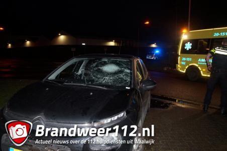 Fietser naar ziekenhuis na aanrijding op Veerweg in Waalwijk