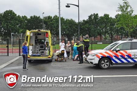 Jongen (14) zwaargewond na val op hek hockeyclub aan de Olympiaweg Waalwijk