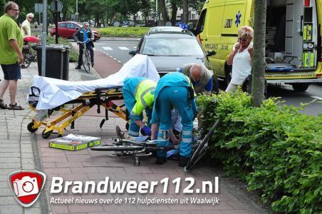 Vrouw raakt ernstig gewond na val van fiets aan de Burg. Smeelelaan Waalwijk