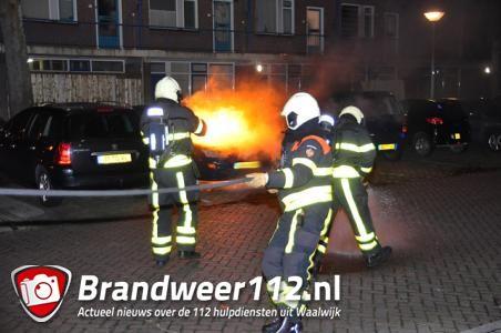 Auto in brand aan de Dr. Kuyperlaan Waalwijk