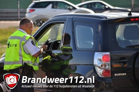 UPDATE: Grote politie controle aan de Prof. Van der Waalsweg Waalwijk