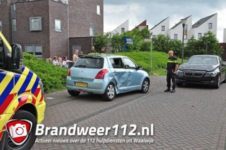 Jong kindje gewond na aanrijding aan De Terpen Waalwijk