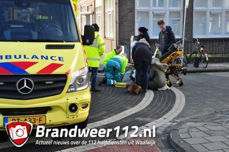 Twee fietsers komen met elkaar in botsing aan de Baardwijksestraat Waalwijk