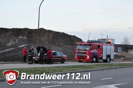 Autobrand bleek om oververhitte motor te gaan aan de Noorder Allee Waalwijk