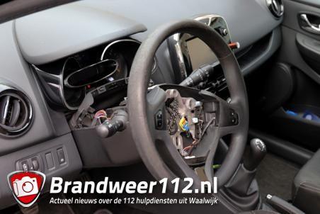 Airbag gestolen uit auto aan de Prof. Nolenslaan Waalwijk