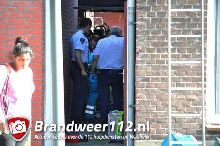 Man vlucht voor politie en raakt gewond aan de Grotestraat Waalwijk