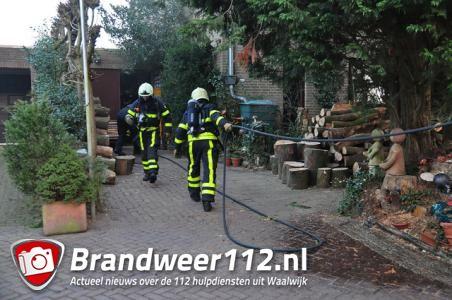 Brand breekt uit bij kaarsenmaken in Waalwijk