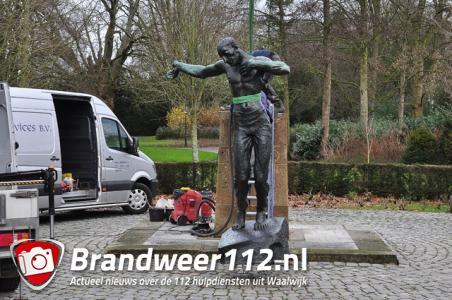 Oorlogsmonument Waalwijk teruggeplaatst na 'onderhoud'