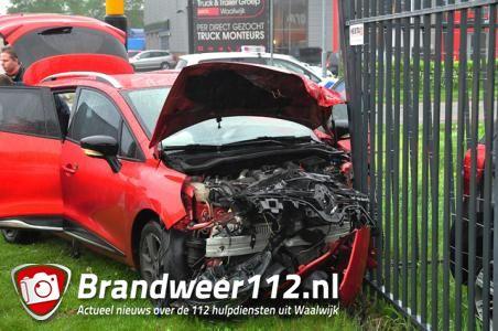 Ravage op kruising in Waalwijk door ongeluk