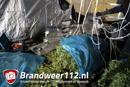 Hennepkwekerij onder garage ontdekt bij controle in Waalwijk