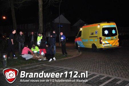 Automobilist rijdt voetganger aan en raakt gewond aan de Dr. Kuyperlaan Waalwijk