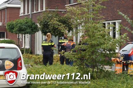 Overval op postbode in Waalwijk, dader gaat er met enkele poststukken vandoor