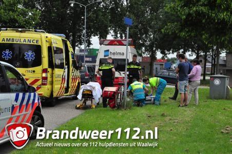 Fietser gewond geraakt bij botsing met auto in Waalwijk