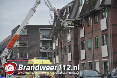Hoogwerker van de brandweer ingezet in Waalwijk