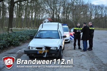 Man rijdt betonnen blokken omver aan het Hoefsvenlaan Waalwijk