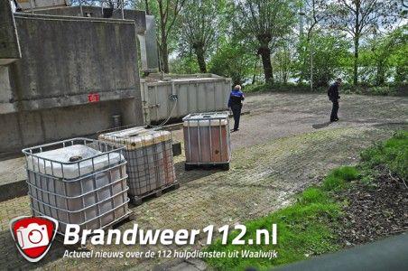 1000 liter vaten gedumpt aan de Gansoyensesteeg Waalwijk