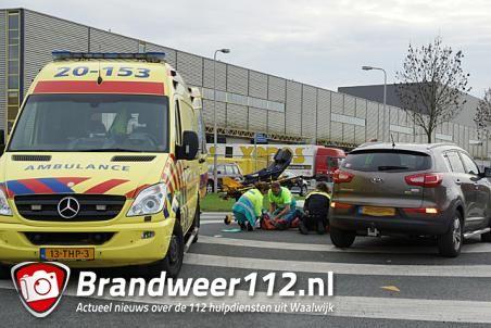 Fietsster door auto geschept aan de Kleiweg Waalwijk