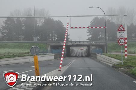 Waarschuwingsbalk bij berucht Waalwijks viaduct los gereden