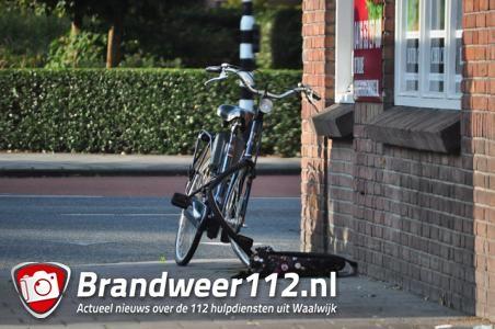 Meisje wordt van fiets gereden in Waalwijk