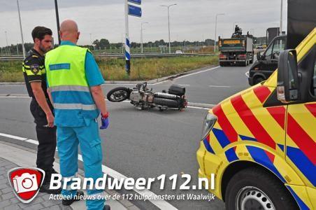Motorijder gewond na aanrijding in Waalwijk