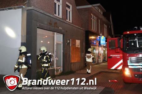 Omstanders horen rookmelder afgaan en bellen de brandweer aan de Grotestraat Waalwijk