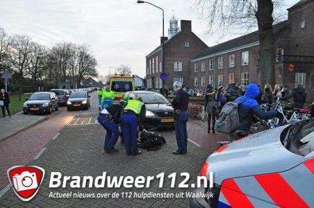 Scholiere aangereden aan de DR. Mollerlaan Waalwijk