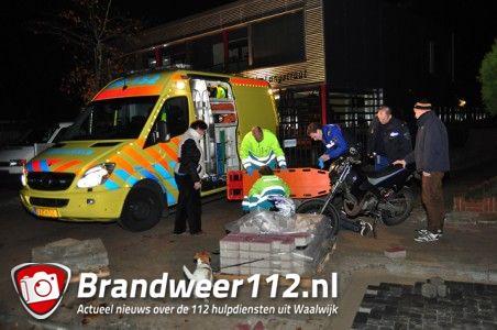 Update: Jongen raakt gewond na val van crossbrommer aan de Eerste Zeine Waalwijk