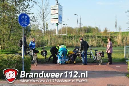 Fietsster gewond na botsing met andere fietser op Halve Zolenpad Waalwijk