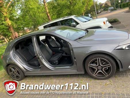 Dieven stelen vier autodeuren in Waalwijk