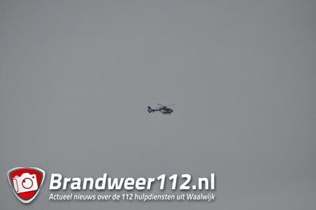 Politiehelikopter boven Waalwijk