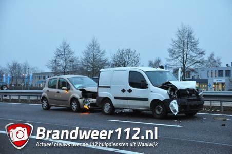 Kettingbotsing op A59 bij Waalwijk