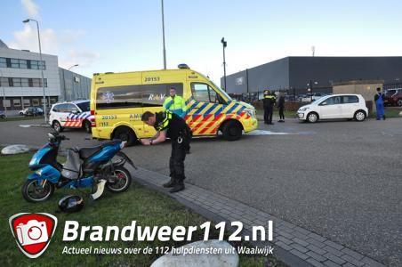 Ongeval tussen scooter en auto aan de Kleiweg Waalwijk