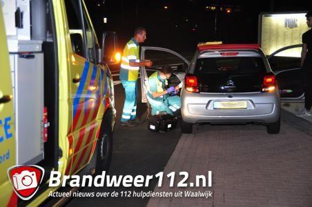 Man ligt onwel in zijn auto aan de Altenaweg Waalwijk