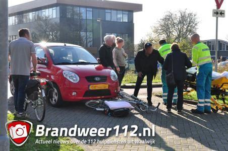 Fietser gewond door aanrijding met auto in Waalwijk