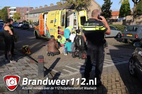 Man in elektrische rolstoel aangereden op kruising Stijn Streuvelsstraat Waalwijk