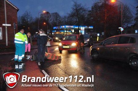 Man gewond na aanrijding aan de Burg. Smeelelaan Waalwijk