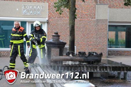 Bloembak in brand aan de Grotestraat in Waalwijk
