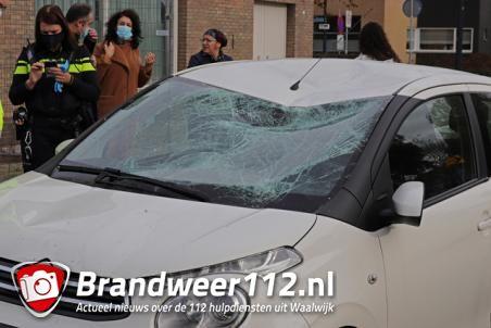 Flinke aanrijding tussen fietser en auto aan de Grotestraat Waalwijk