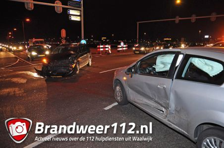 Flinke aanrijding op de Midden-Brabantweg Waalwijk